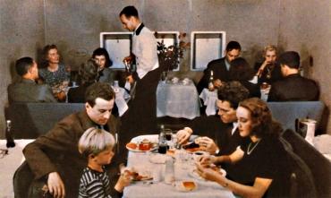 Clipper Plane Dinner