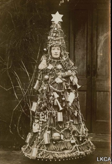 Christmas tree lady2