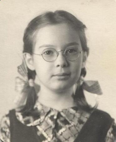 Lyn Burnstine