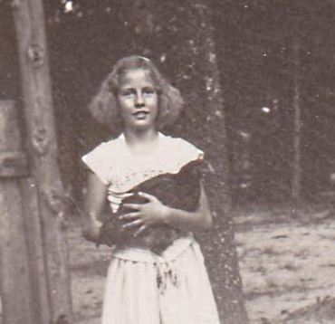 Mary B Summerlin