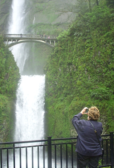 AM at Multnomah Falls