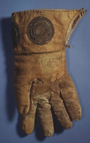 Henry VIII Glove