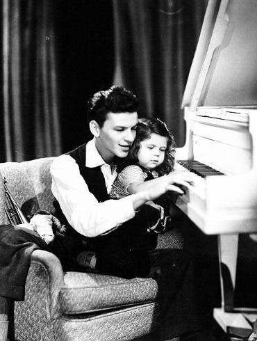 Frank & Nancy Sinatra