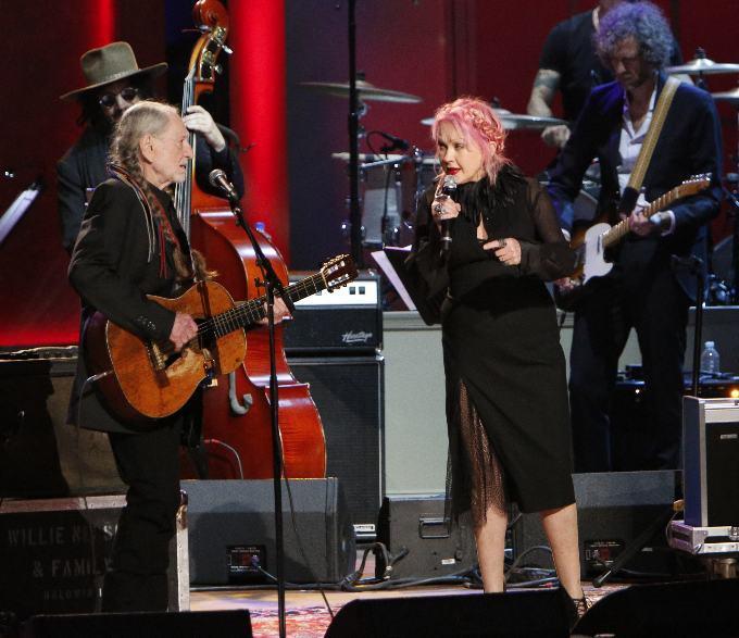Willie Nelson & Cyndi Lauper