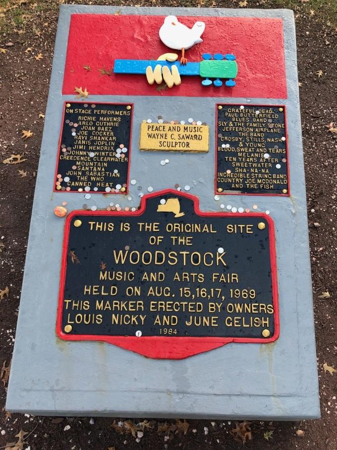 WoodstockMonument2CU