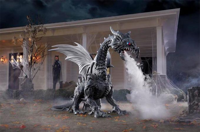 Halloween-decorations-fog-breathing-dragon-4-5f3284e259f20__700